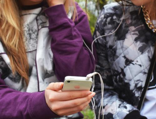 Blandede følelser når Borge ungdomsskole i Fredrikstad blir mobilfri skole