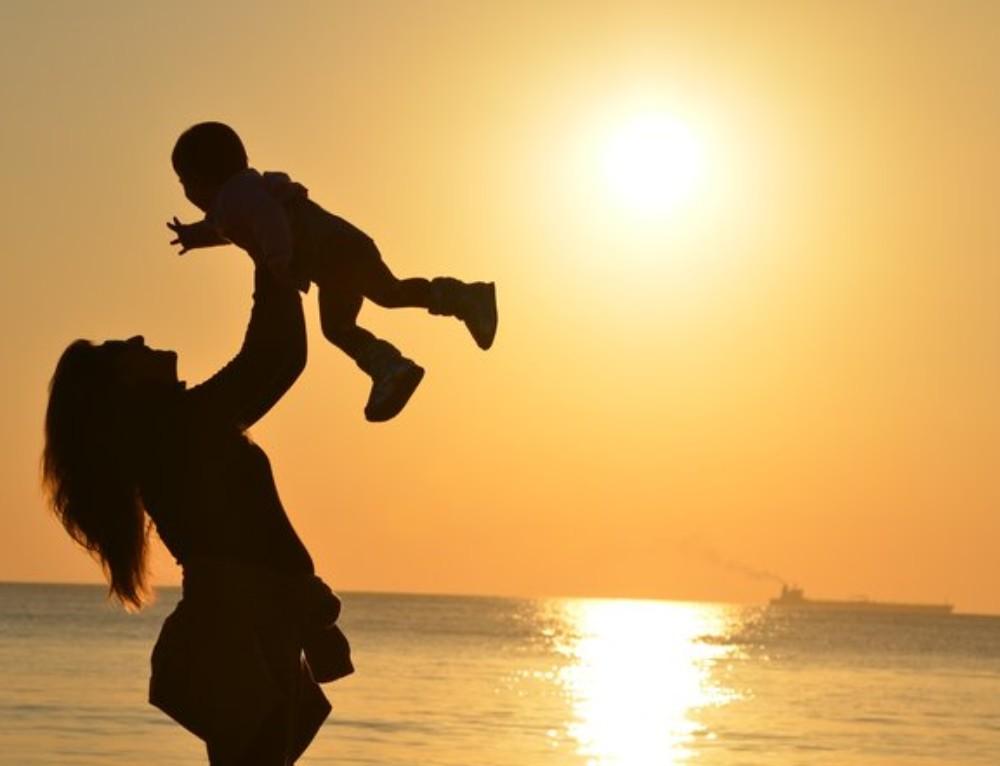 Foreldres mobilbruk i barnas nærvær skader deres emosjonelle utvikling