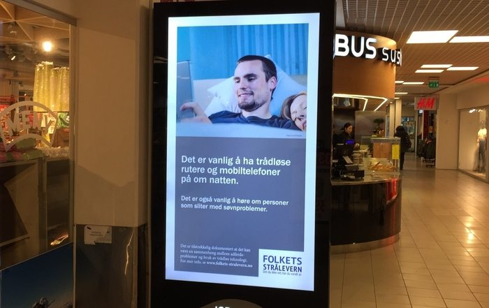 Folkets Stråleverns annonser vises nå på JCDecaux-tavler over hele Norge